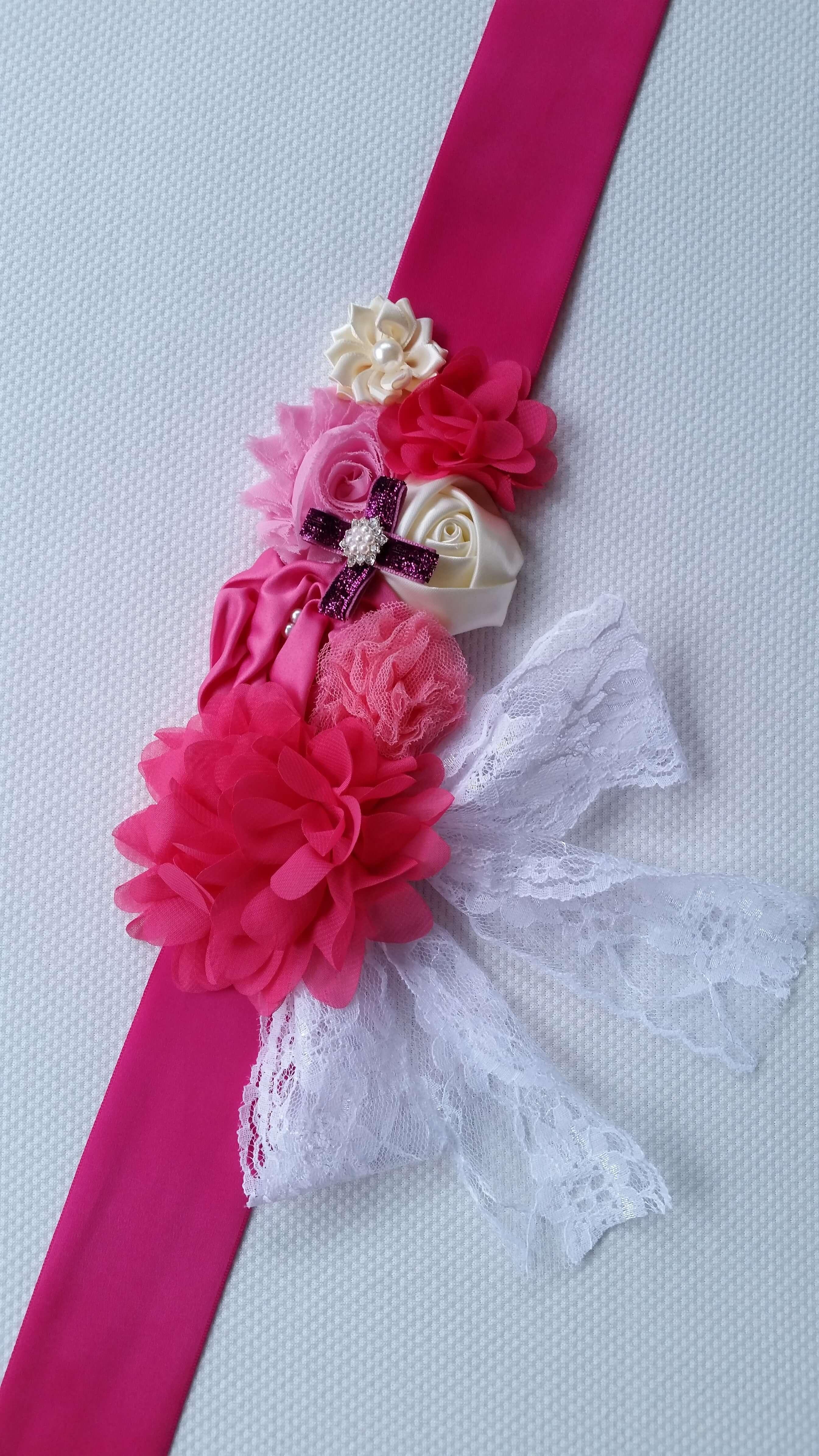 Pink pocakpánt csipkével